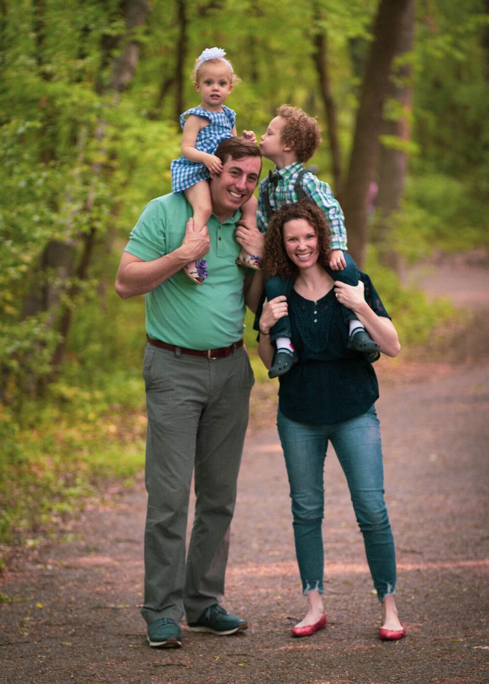 family photography session with two kids in Woodbury MN